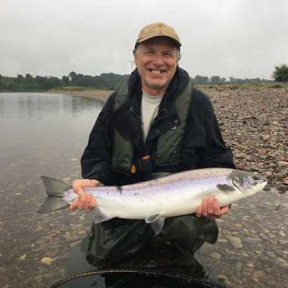 USA Fisher Catching A Tay Salmon